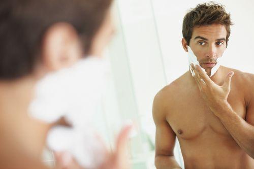 guy-shaving