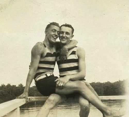 vintage-gay-couple-10