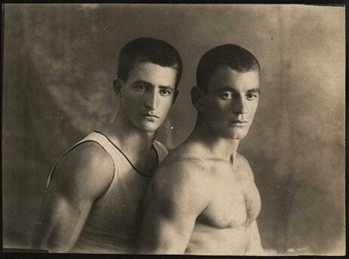 vintage-gay-couple-16