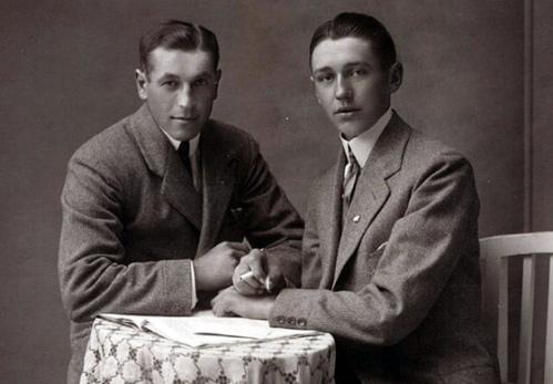vintage-gay-couple-4