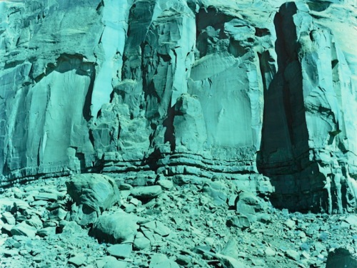 78_16-fallen-rocks-monument-valley-arizona-2013