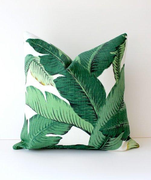 palm-tree-pillow
