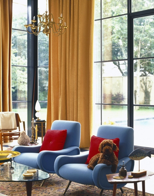 blue-midcentury-chair