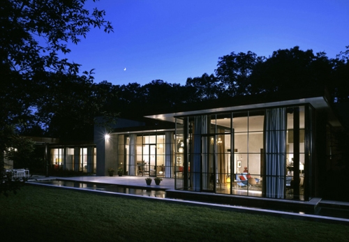 glass-house-at-night