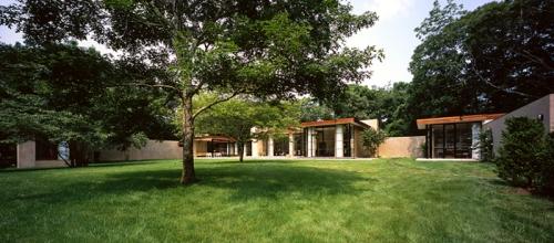 modern-house-panorama