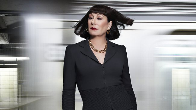 anjelica-huston-4