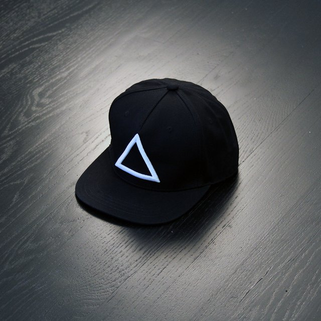 hat-with-triangle
